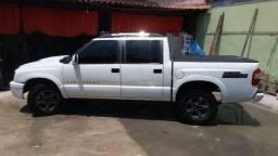 Vendo S10 Colina 4x4, diesel Cabine Dupla