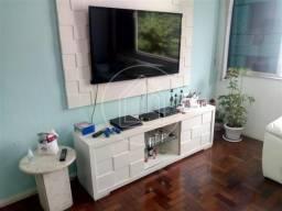 Apartamento à venda com 2 dormitórios em Cosme velho, Rio de janeiro cod:876952