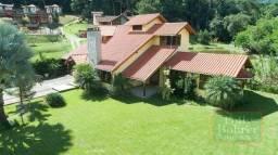 Excelente casa em São Pedro da Serra, 1000,00 m² de terreno plano e gramado