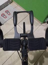 Clip de carbono para guidão - Triathlon