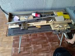 Máquina de tricô Elgin brother