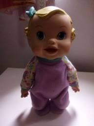 Boneca Baby Alive  balança bebê