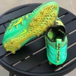 Chuteira Nike Alpha Menace