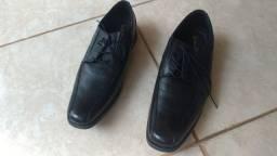Sapato Social importado Couro cor preto número 42