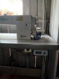 Máquina de cosrura Reta Industrial