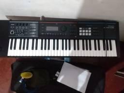 Sintetizador Roland novissimo