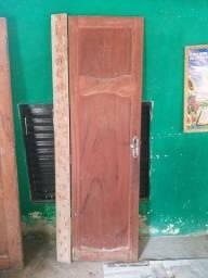 Porta de Angelin de casa e de banheiro
