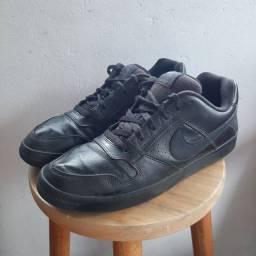 Tenis Nike de Couro- 39 muito resistente