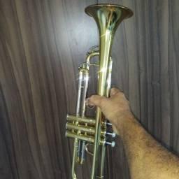 Trompete  yagle modelo TR 504