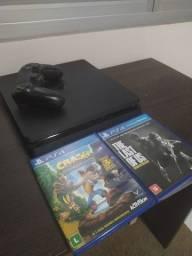 Playstation 4 c/ controle e 2 jogos