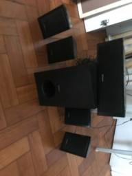 Caixas de som do hometheater Sony DAV-TZ215 5.1