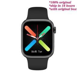 IWO 13 Series G500 smartwatch