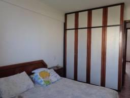 Apartamento de um Quarto no Renascença II