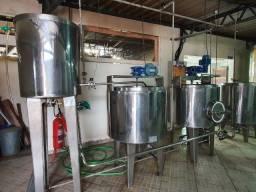 Cozinha Cervejeira Artesanal com caldeira