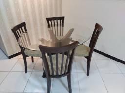 Vendo Jogo Mesa com de 4 Cadeiras (tampo de vidro)