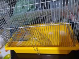 Gaiola de hamster de 2 andares.