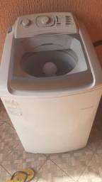 Maquina de lavar roupas Electrolux turbo. Entrego