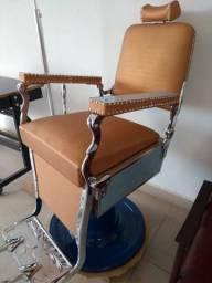 Cadeira de Barbeiro Ferrante 1940/1950  Linda