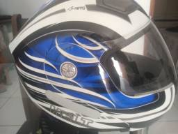Capacete Helmet