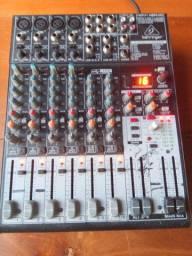 Mesa Mixer Behringer Xenyx 1204usb