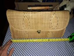 Bela bolsa de palha