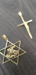 Pingente de são jorge ou de cruz, são os últimos, vão acabar!!! banhados a ouro 18k novos.
