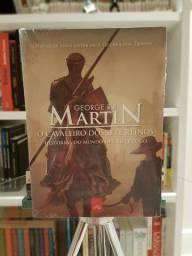 """""""O Cavaleiro dos Sete Reinos"""" de George R. R. Martin Novo"""