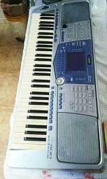 Vende teclado Yamaha PSR1100
