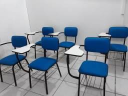 Cadeira universitária. Valor unitário!