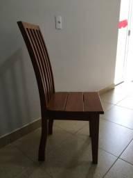 Conjunto de 6 Cadeiras de Madeira Maciça