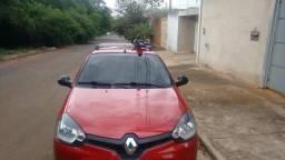 Vendo veículo Renault Clio 2012 - 2012