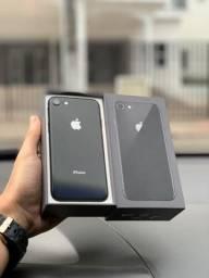 IPhone 8 64GB. Aceito cartão