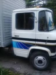 Caminhão 608d vendo ou troco