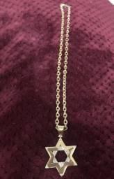 e26fcc71933 Corrente e pingente de ouro com brilhantes