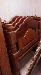 Cama solteiro de madeira nobre com colchão grátis