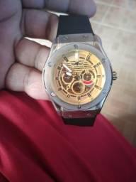 Relógio automatico
