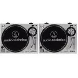 Par de toca discos audio tecnica com mixer e disco leia anuncio