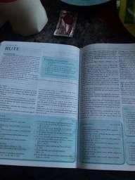 Vende-se biblia da pregadora pentecostal de estudo