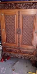Armário antigo Cedro