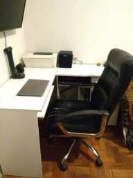 Mesa escrivaninha de escritório em L Magazine Luiza