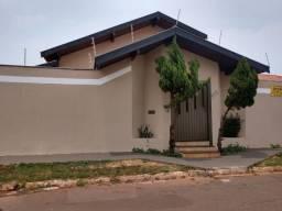 Casa Térrea Jd São Lourenço, 4 quartos sendo um suíte