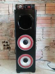 Caixa trio com aparelho de som R$ 500
