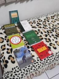Livros diversos para leitura