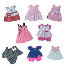 Kit de roupas com 8 peças entre vestidos e conjuntos para menina bebê