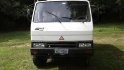 Caminhão Agrale 1600d 4x4 cabine dupla