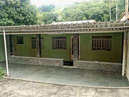 Casa com 2 quartos no bairro Cajueiro