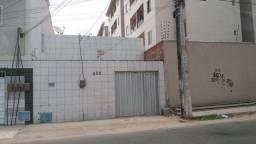 Casa confortável na Bela Vista R$1.100