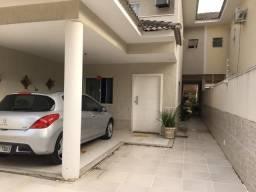 Çinda. Casa em Itaipu, toda Clean, 3Q, suíte, espaço gourmet, Doc OK