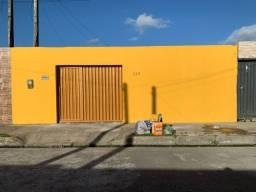 Vende-se 1 Casa no Condomínio Recanto das Sairas