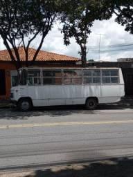 Microônibus 608 D